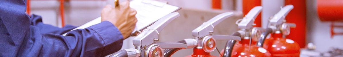 Técnico seguimiento extintores. Mantenimiento Extintores Málaga